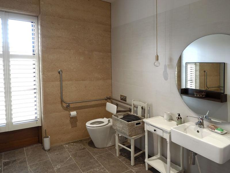 Sequoia Bathroom - Disabled Bathroom and Shower - Ballarat Primavera